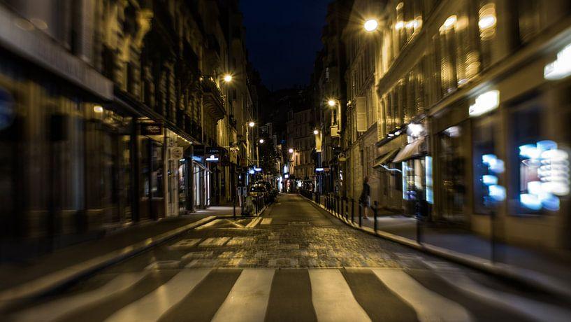Eine Straße in Paris von Capturedlight.nl Annet & Michel