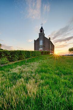 Die kleine Kirche auf dem Land von Max ter Burg Fotografie