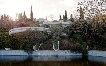 Waterpark met glijbanen  van Brecht Nolmans