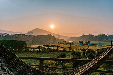 Sonnenaufgang in Pai (Thailand) von Tim Rensing