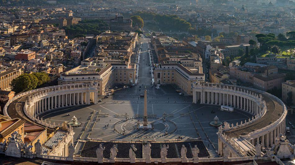 Rome, Vaticaan, uitzicht op St. Pietersplein II van Teun Ruijters