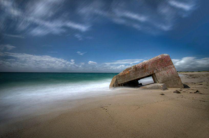 Taken by the sea... von Hans Kool