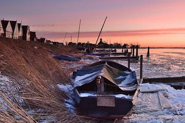 Durgerdam bootje onder winterse omstandigheden.