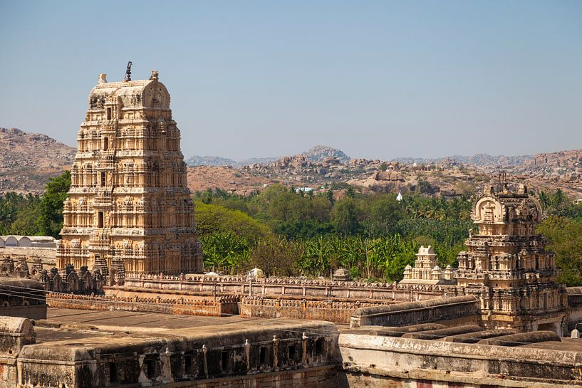 Virupaksha tempel, Hampi, India van Bart van Eijden