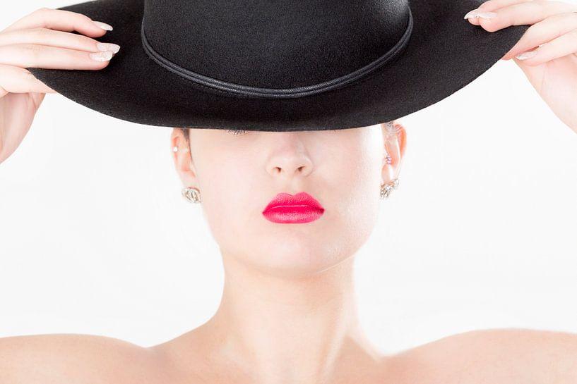 The lady with the hat.. van Miranda van Hulst