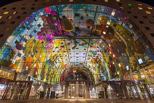 Markthal Rotterdam in de Avond van