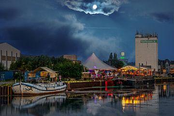Dortmunder Hafen am Abend von Johnny Flash