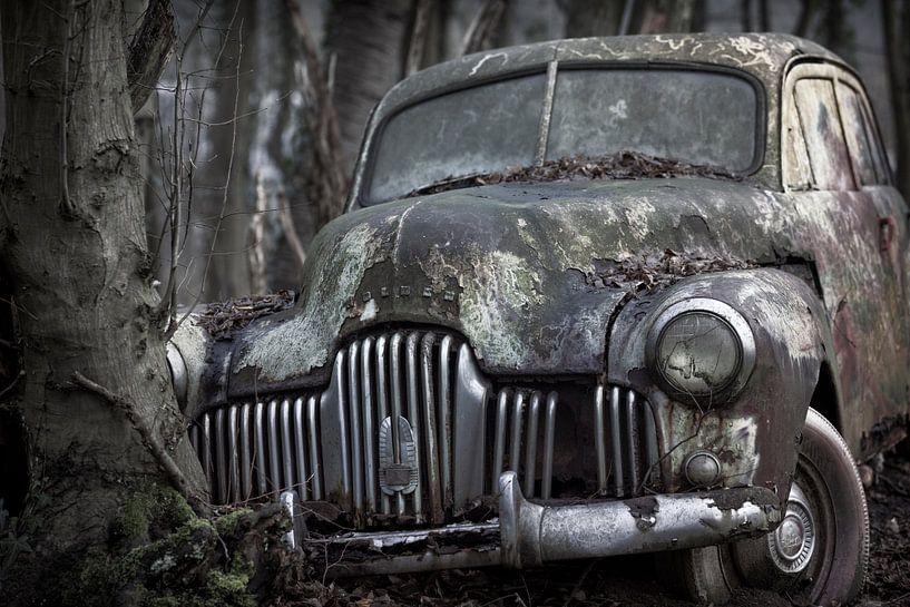 Verlassenes altes autowrack am urbex Lokation von Ger Beekes