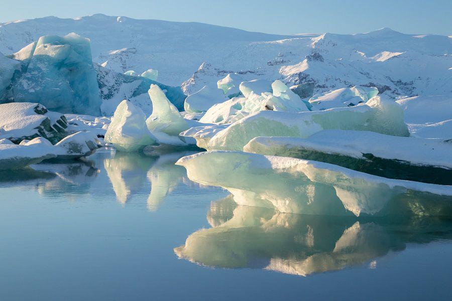 Jökulsárlón, gletsjermeer in IJsland
