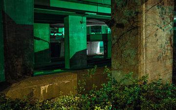 Arnhem - Groenlicht  2 van Maurice Weststrate