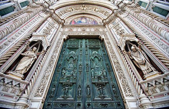 De deuren van de Duomo