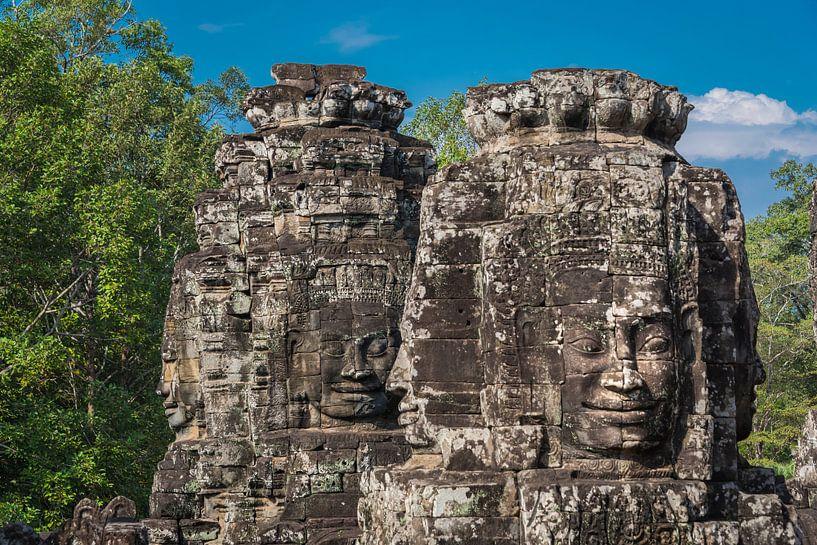 Boeddha gezichten, Bayon Angkor Thom, Cambodja van Rietje Bulthuis