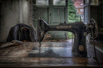 Singer naaimachine sur Manja van der Heijden