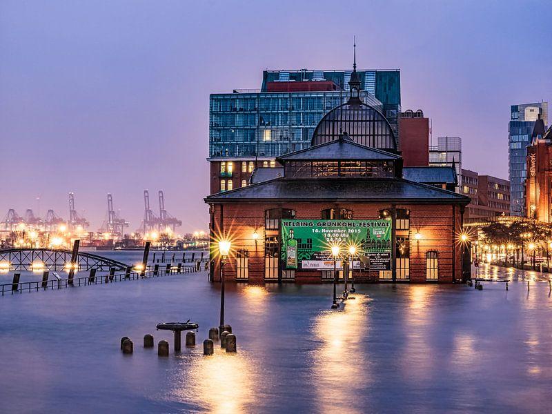 2015-11-18 hochwasser blaue stunde Fischmarkt von Joachim Fischer