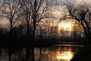 Balk Friesland zonsondergang van Fotografie Sybrandy
