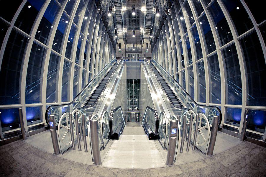 Metrostation Blijdorp van Esther Seijmonsbergen