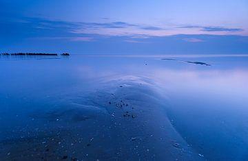peaceful seaside van
