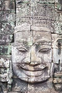 Boeddha in steen, Cambodja van Rietje Bulthuis