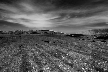 Weiße Steinmauer in der Nähe von Fokia, Karpathos, Griechenland von Peter Baak