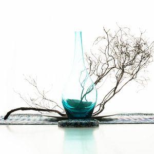 Stilleven met glas van Alie Ekkelenkamp
