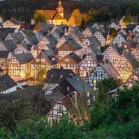 Freudenberg im Siegerland am Abend von Michael Valjak