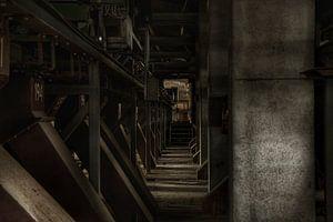 Een verlaten fabriekshal