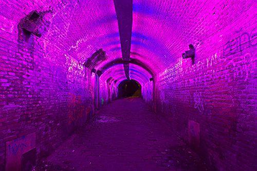 Verlichte tunnel Utrecht van