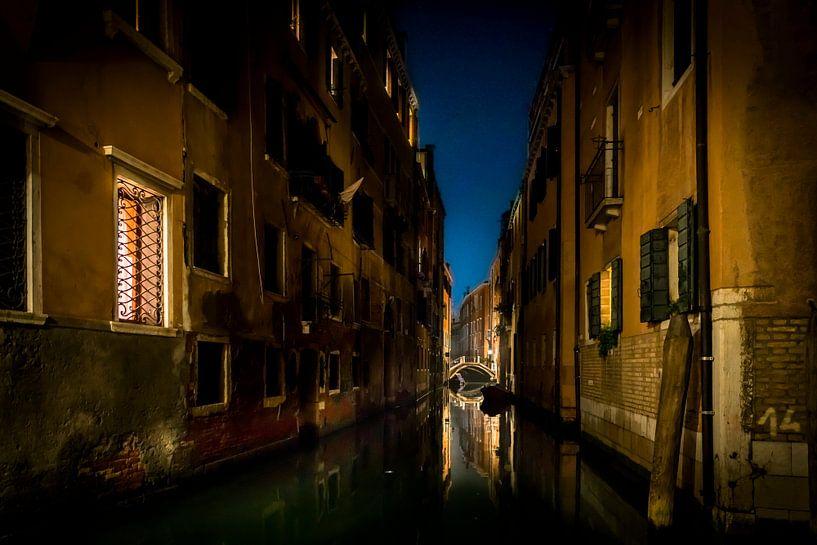 Venetie bij nacht van Gerard Wielenga