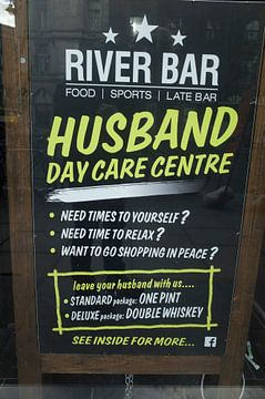 L'humour irlandais : le pub comme activité de jour sur Kees van Dun