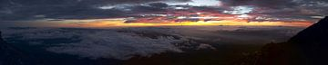 Zonsopkomst vanaf Fuji  van