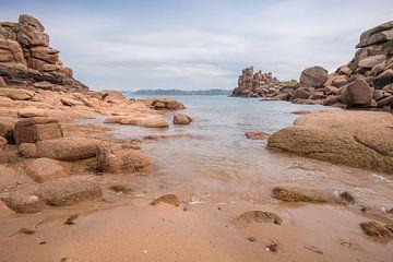 Roze rotsformaties in Bretagne