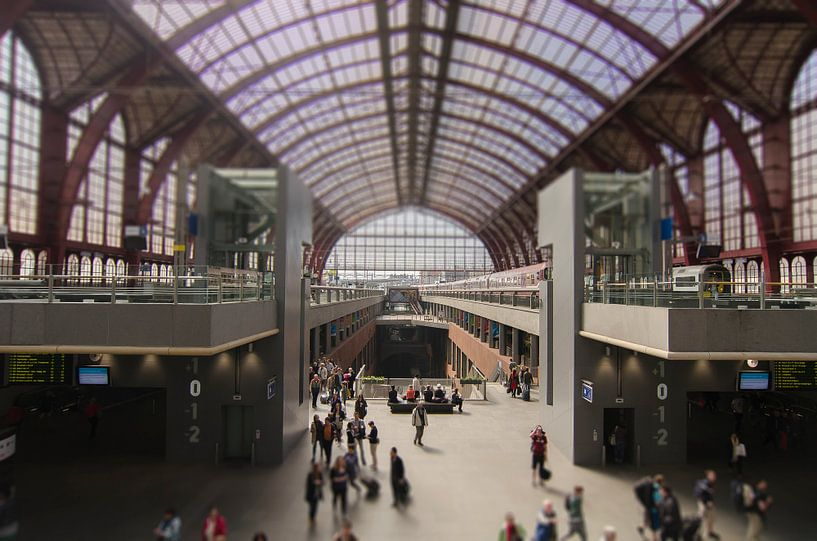 Centraal Station Antwerpen van Don Fonzarelli