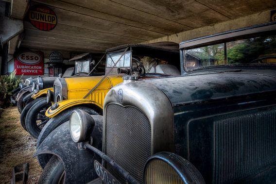 Zwart en Gele Auto's - Oldtimers van Roman Robroek