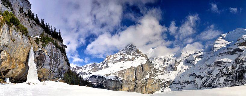 Winter Alpen panorama in Zwitserland van Sjoerd van der Wal