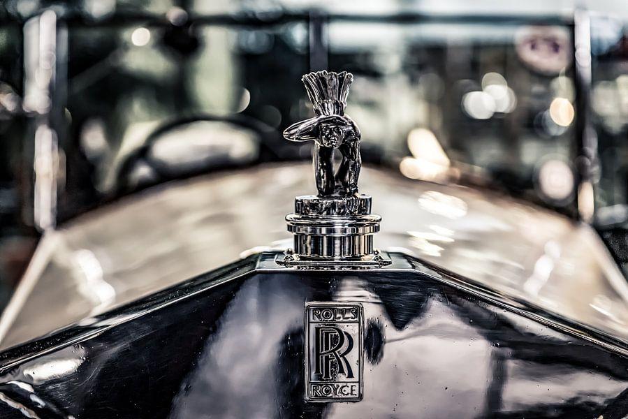 Rolls Royce met uitkijkende indiaan van autofotografie nederland