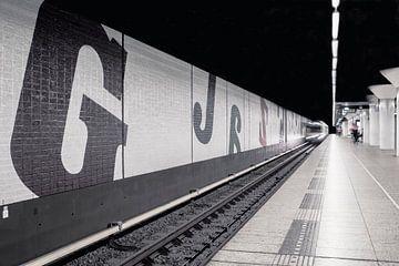 U-Bahn Amsterdam Wibautstraat von Esther Ravesloot