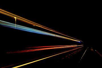 De snelheid van het licht in de nacht van Maikel Dijkhuis