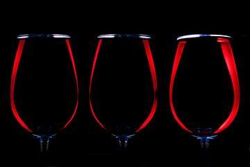 Verre de vin rouge, vin rouge, vin rouge. Boire du vin rouge sur Gert Hilbink