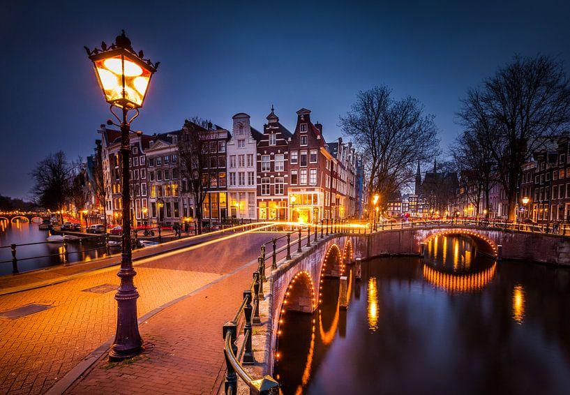 Keizersgracht Amsterdam by night van Juul Hekkens