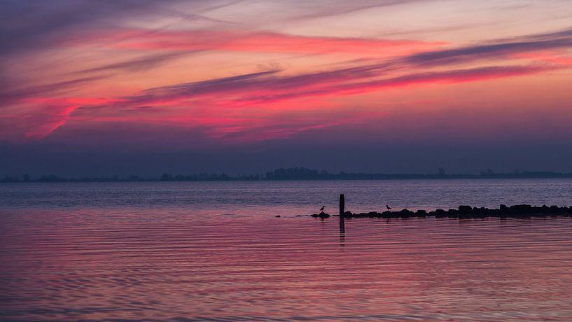 Half uur voor zonsopkomst van Bram van Broekhoven