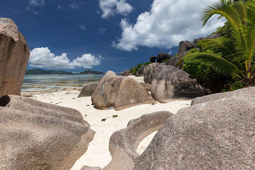 Plage de l'île des Seychelles La Digue sur Reiner Conrad