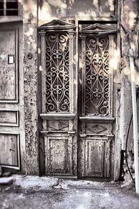 Alte weiße Türen
