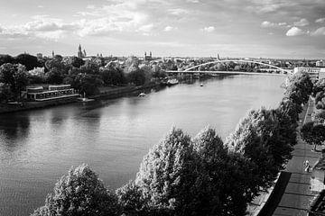 Uitzicht over Maastricht von Streets of Maastricht