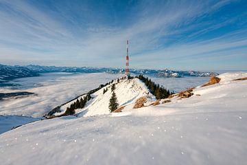 glinsterend winters uitzicht op Grünten van Leo Schindzielorz