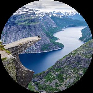 Trolltunga en de Ringedalsvannet - Noorwegen van Ricardo Bouman