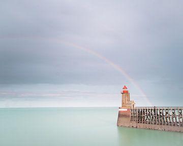 Vuurtoren met regenboog van Rudy De Maeyer