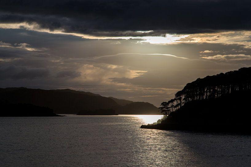 Sonnenuntergang bei Loch Shieldaig von Andreas Müller