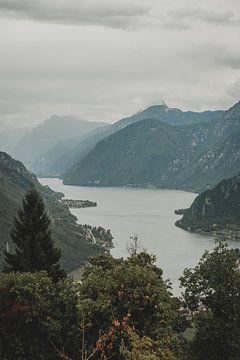 Lago d'Idro van Paulien van der Werf