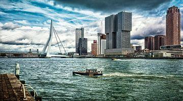 'Skyline' Rotterdam (kleuren versie) van Rick van der Poorten