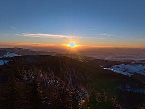 Zonsondergang bij Schauinsland in de winter